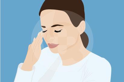 Mata sakit saat berkedip biasa disebabkan oleh masuknya benda asing ke mata