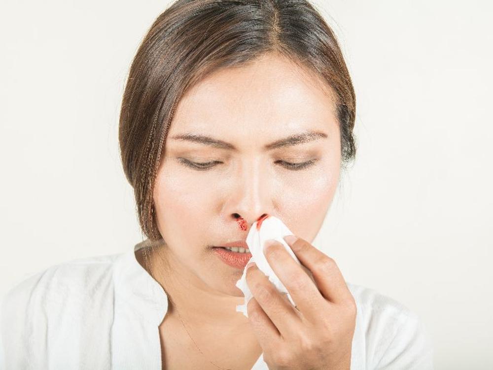 Asam traneksamat berguna untuk pendarahan pada mimisan, operasi, dan menstruasi