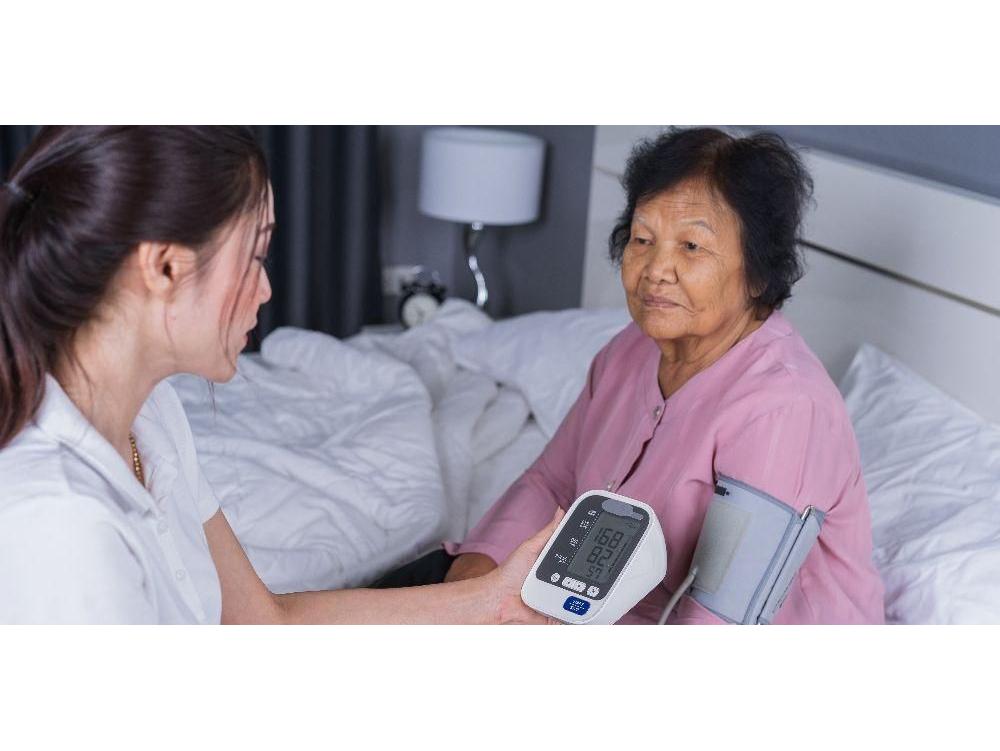 Spironolactone adalah obat antihipertensi yang bekerja dengan cara menghambat sintesis aldosteron