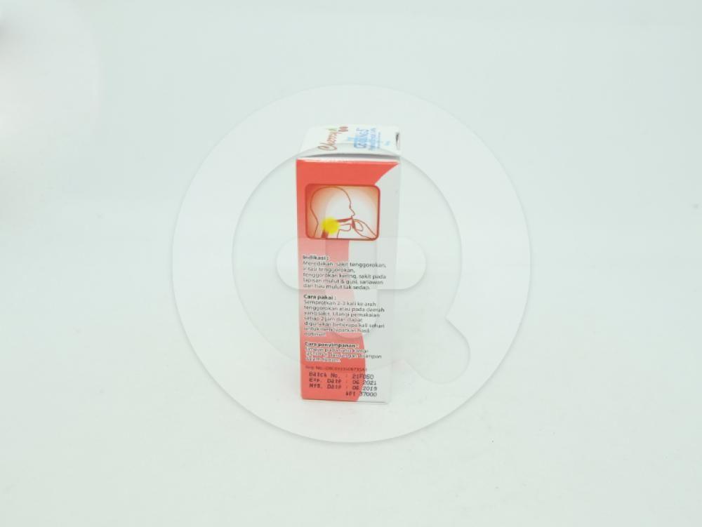 Cooling-5 rasa cherry semprot 15 ml berguna untuk meredakan sakit tenggorokan.