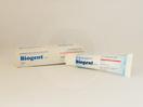 Biogent krim 30 ml untuk melembabkan kulit kering dan teriritasi, luka kecil seperti goresan, kulit yang meradang, perawatan kulit lecet, untuk pencegahan dan perawatan puting kering dan retak, mencegah dan merawat ruam popok.