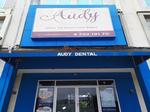 Audy Dental Pantai Indah Kapuk