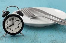Cara diet dengan berpuasa atau intermitten fasting