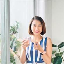 wanita minum suplemen ekstrak biji anggur konilife oxi