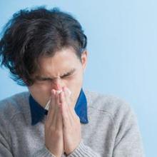 Ada banyak kerugian kesehatan yang dapat terjadi jika Anda menahan bersin.