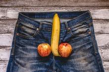 Penis keras atau ereksi diliputi banyak mitos dan fakta