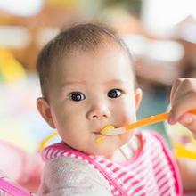 Makanan rendah serat untuk bayi bantu atasi sembelit