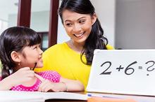 Meningkatkan motivasi anak untuk belajar dapat dimulai dengan menemaninya