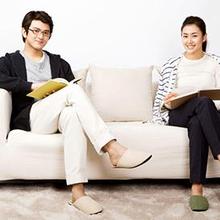Duduk menyilangkan kaki bisa berdampak buruk untuk postur tubuh Anda sekaligus menimbulkan nyeri pada persendian