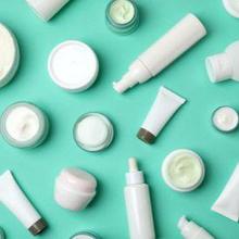 PFAS adalah bahan kimia berbahaya yang ditemukan dalam banyak kosmetik