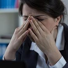 Bahaya sinusitis yang tak bisa diremehkan adalah gangguan penglihatan