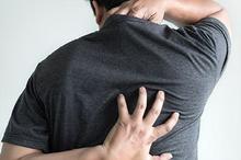 Keringat yang berlebihan bisa menyebabkan rasa gatal dan terkena panu