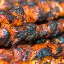 Makanan gosong seperti daging dinilai memiliki kandungan karsinogen penyebab kanker