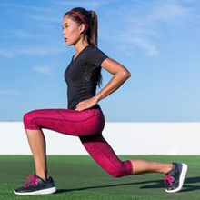 Gerakan peregangan sederhana seperti lunges bisa dilakukan untuk membantu Anda menambah tinggi badan