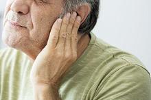 Penyebab benjolan di belakang telinga bisa jadi infeksi atau kista