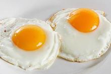 Ada banyak makanan penyembuh luka operasi caesar, seperti bayam dan telur.