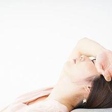 Badan terasa melayang biasanya diikuti oleh gejala lain seperti pusing dan kehilangan keseimbangan