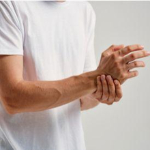 Ada beberapa kemungkinan penyebab telapak tangan sakit