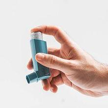 Obat bronkodilator bekerja dengan cara melancarkan aliran udara
