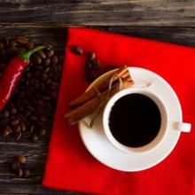 Buka puasa dengan kopi dan makanan pedas sebaiknya dikurangi