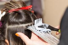 Cara leaching rambut sendiri di rumah bisa dilakukan dengan mudah