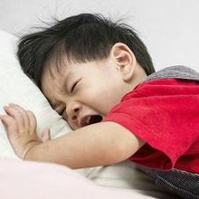 Cara menghilangkan benjolan di belakang kepala bayi salah satunya dengan kompres