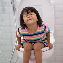 Sembelit pada anak bisa dicegah dengan vitamin untuk anak yang susah air besar