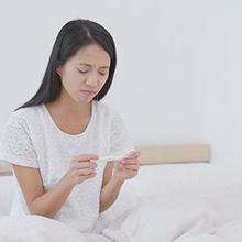 Ciri-ciri wanita tidak subur ditandai dengan siklus menstruasi tidak teratur serta keluhan fisik