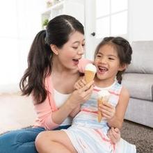 Risiko bahaya es krim bisa berasal dari kalorinya yang tinggi – serta kandungan gula, lemak, dan zat aditifnya