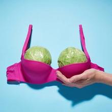 Payudara ideal ditentukan sesuai kondisi pribadi tubuh setiap wanita
