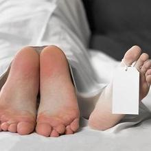 Nekrofilia adalah kelainan seksual yang membuat pengidapnya terangsang oleh hal-hal berbau kematian