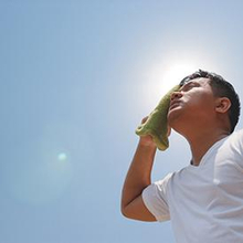 Gejala dehidrasi menjadi tanda bagi Anda untuk minum air