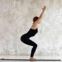 Gerakan yoga untuk memperbesar bokong dapat dilakukan di rumah