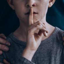 Hati-hati, pelaku grooming akan menggunakan kepercayaan keluarga demi melakukan pelecehan seksual pada anak