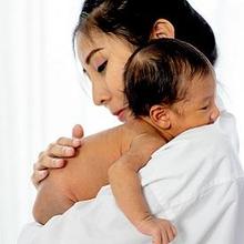 Pantangan ibu setelah melahirkan sebaikna dihindari untuk mempercepat pemulihan