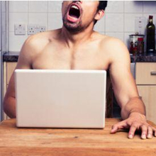 Kecanduan onani adalah aktivitas masturbasi yang berlebihan, kompulsif, dan terlalu sering dilakukan