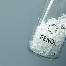 Fenol adalah senyawa organik yang sebenarnya dapat berbahaya jika salah penggunaan