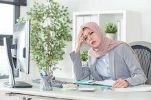 Sakit kepala merupakan salah satu penyakit saat puasa yang wajar terjadi