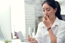 Mengonsumsi obat pencuci perut bisa meredakan sembelit