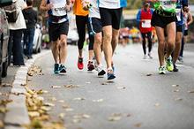 Lari maraton memiliki manfaat untuk fisik dan mental