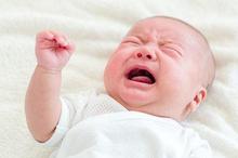 Tongue tie adalah gangguan yang terjadi jika frenulum lidah mengganggu pergerakan lidah bayi