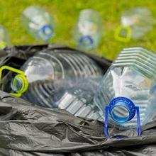 Limbah anorganik adalah limbah yang sulit terurai secara alami