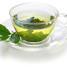 Manfaat mengonsumsi teh hijau sebelum tidur antara lain menenangkan pikiran