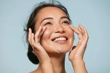 Retinol adalah sahabat bagi kulit yang mulai memasuki fase penuaan