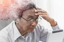 Gejala alzheimer yang dialami akan sangat beragam, terutama gangguan daya ingat dan berpikir