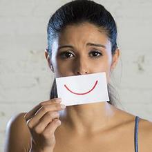 Senyuman dapat menyimpan depresi di baliknya