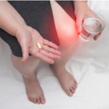 Kondroitin adalah senyawa alami yang ditemukan pada tulang rawan manusia