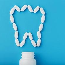 Natrium diklofenak adalah obat untuk mengatasi sakit gigi maupun nyeri lainnya di tubuh