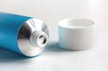 Obat kutil kelamin dari dokter biasanya berbentuk salep atau gel