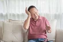 Triptan adalah obat yang dikonsumsi untuk mengatasi serangan migrain